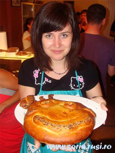 Elena Cîrîc si painea